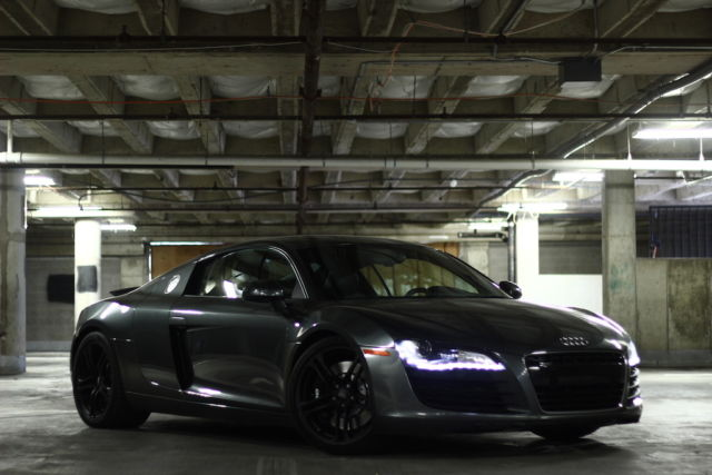 2008 Audi R8 (Daytona Gray/Black)