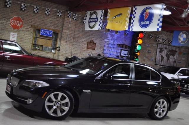 2011 BMW 5-Series (Black/Black)