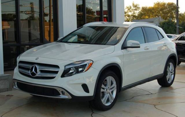 2015 Mercedes-Benz GLA (White/Black)