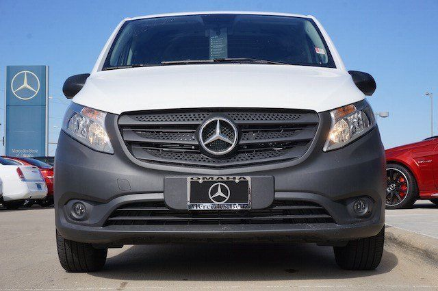 2016 Mercedes-Benz Metris Cargo Van (White/Black)