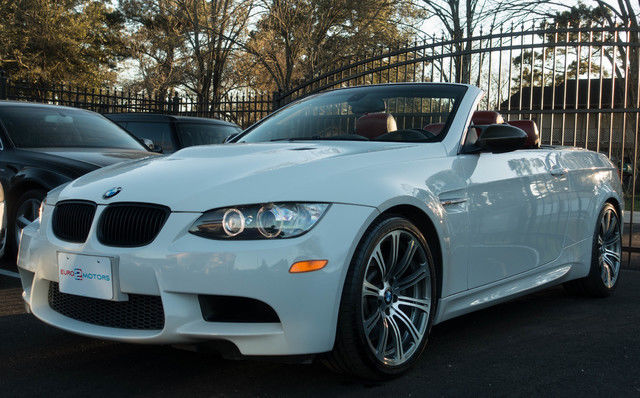 2008 BMW M Models (White/Red)