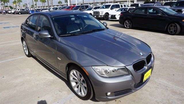2011 BMW 3-Series (Gray/--)