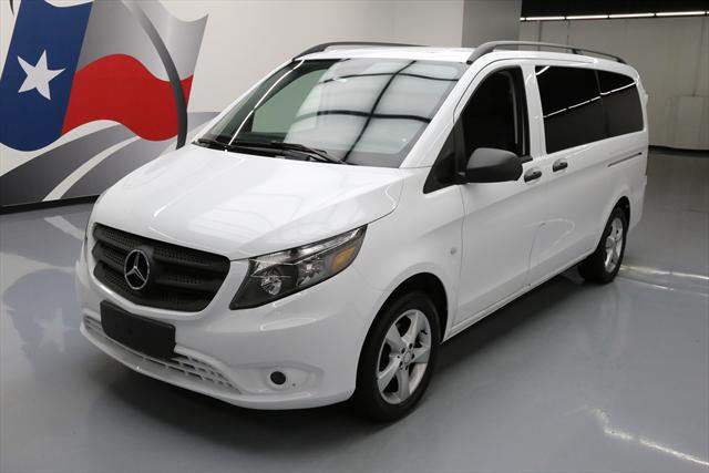 2016 Mercedes-Benz Metris (White/Black)