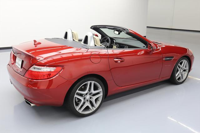2015 Mercedes-Benz SLK-Class (Red/Tan)