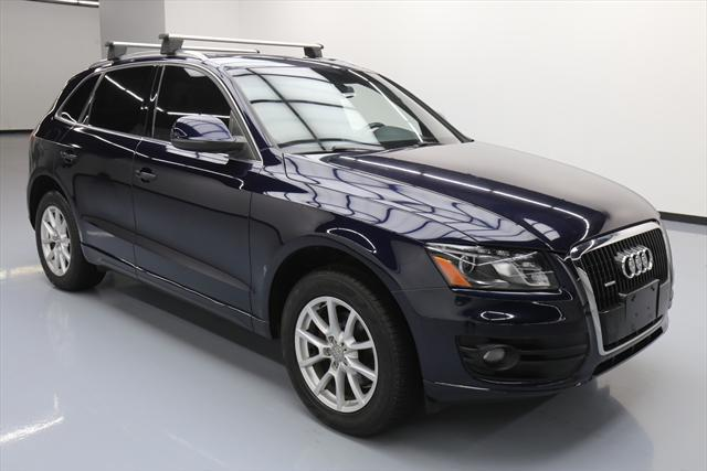 2010 Audi Q5 (Blue/Brown)