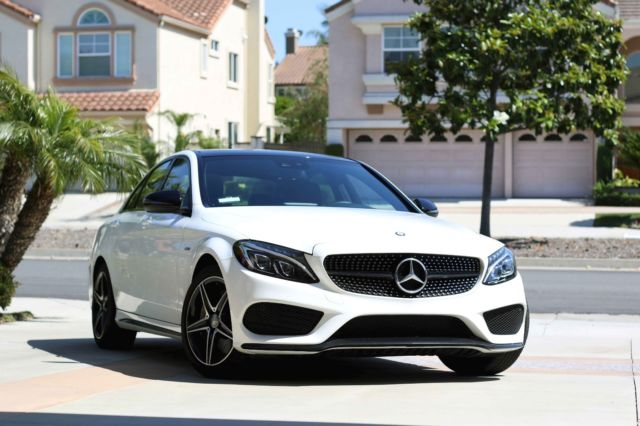 2016 Mercedes-Benz C-Class (Polar White/Black/Red)