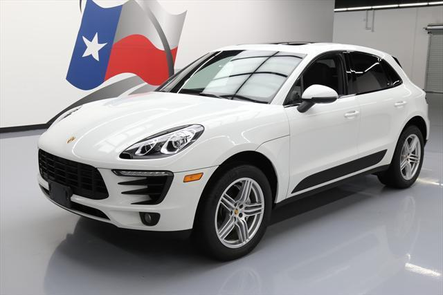 2016 Porsche Macan (White/Black)