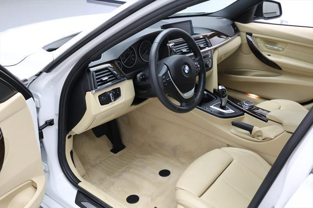 2015 BMW 3-Series (White/Tan)