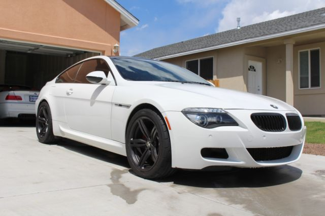 2010 BMW M6 (White/Red)