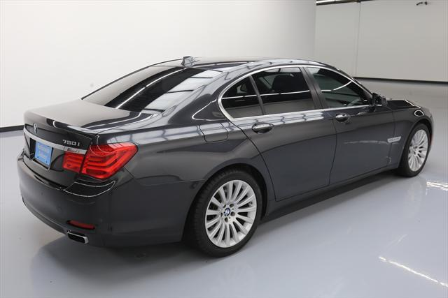 2012 BMW 7-Series (Gray/Black)