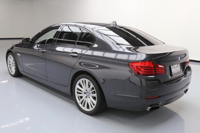 2011 BMW 5-Series (Gray/Tan)