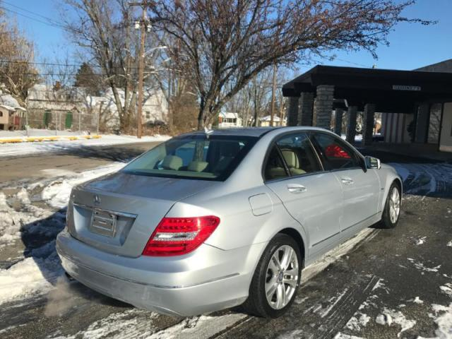 2012 Mercedes-Benz C-Class (SILVER/Unspecified)