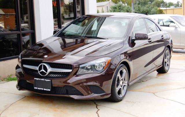 2014 Mercedes-Benz CLA-Class (Brown/Champagne)