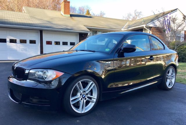 2010 BMW 1-Series (Black/Tan)