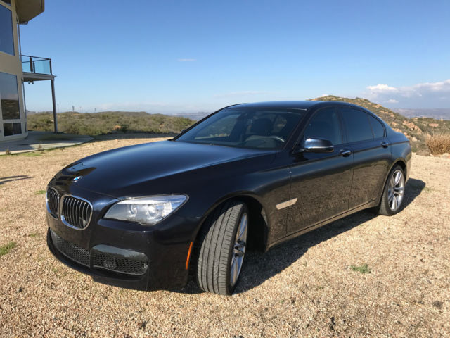 2015 BMW 7-Series (Blue/Black)
