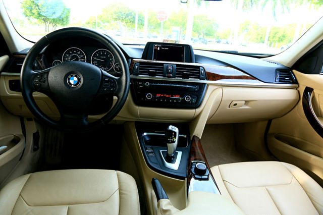 2013 BMW 3-Series (Silver/Tan)