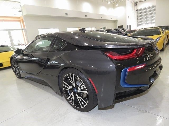 2016 BMW i8 (Blue/Brown)