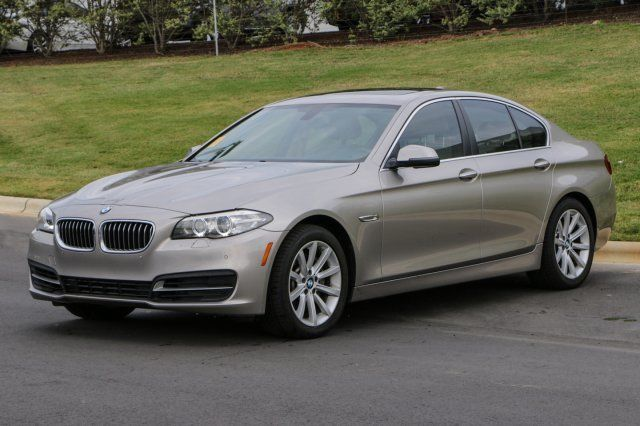 2014 BMW 5-Series (Gray/Venetian Beige)