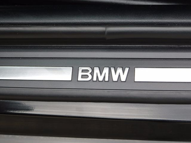 2012 BMW 3-Series (Black/Black Leather)