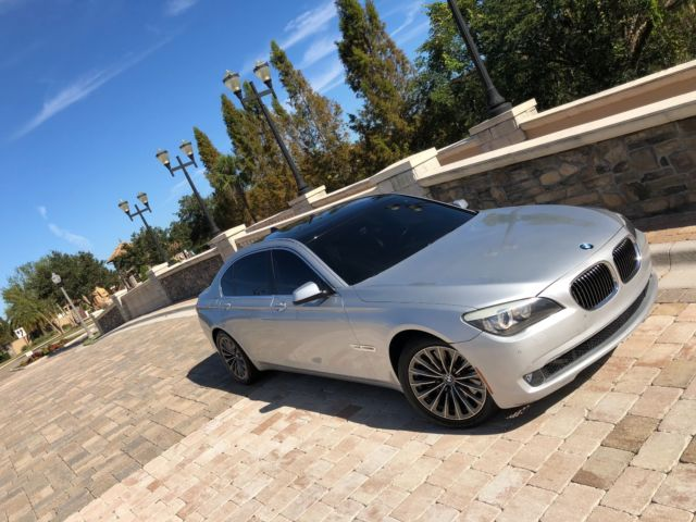 2010 BMW 7 Series Silver Black