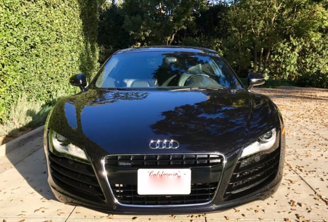 2008 Audi R8 (Phantom Black Pearl/Black)