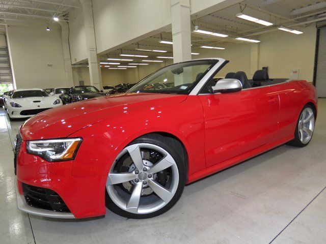 2013 Audi RS5 (Red/Black)