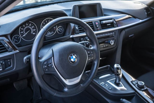 2015 BMW 3-Series (Black/Black)