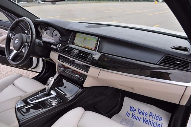 2015 BMW 5-Series (ALPINE WHITE/IVORY WHITE)