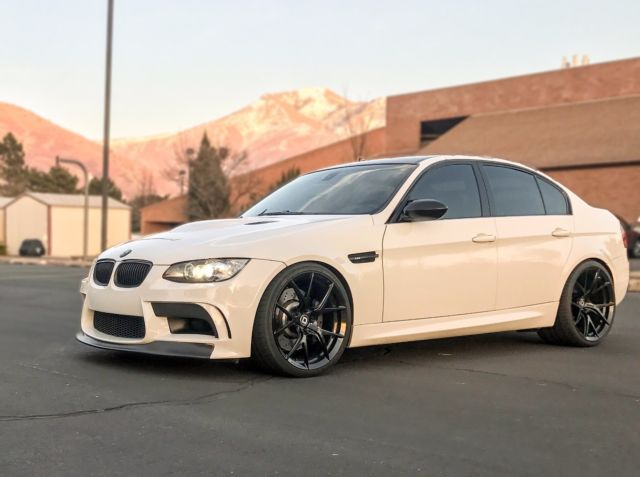 2008 BMW M3 (White/Black)