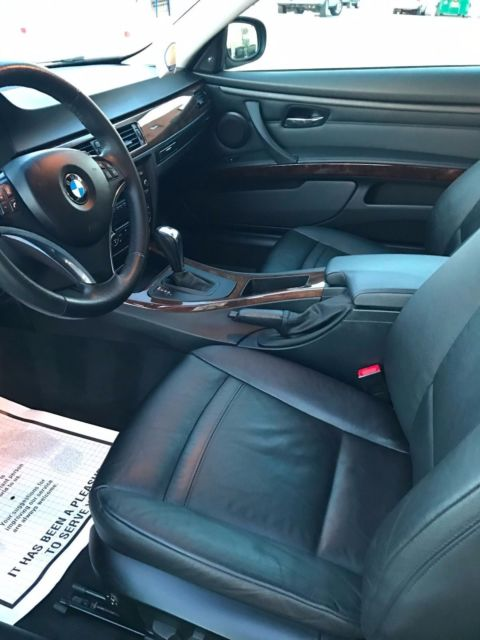 2010 BMW 3-Series (Brown/Black)