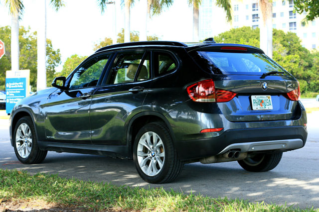 2013 BMW X1 (Gray/Tan)
