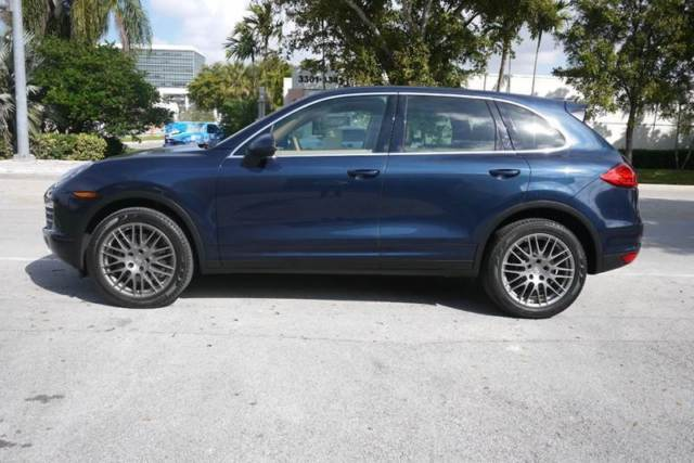 2013 Porsche Cayenne (Blue/BEIGE LEATHER)
