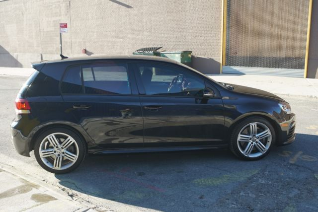 2012 Volkswagen Golf R (Black/Black)