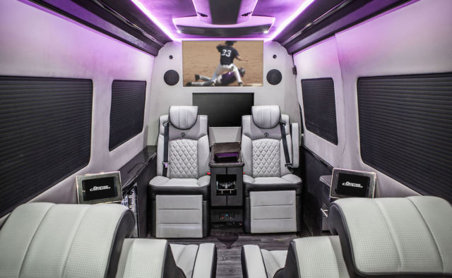 2013 Mercedes-Benz Sprinter (Black/Black)