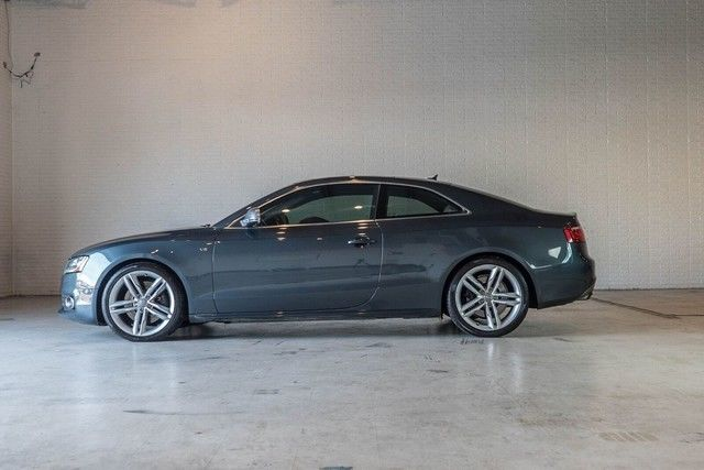 2009 Audi S5 (Blue/Other)
