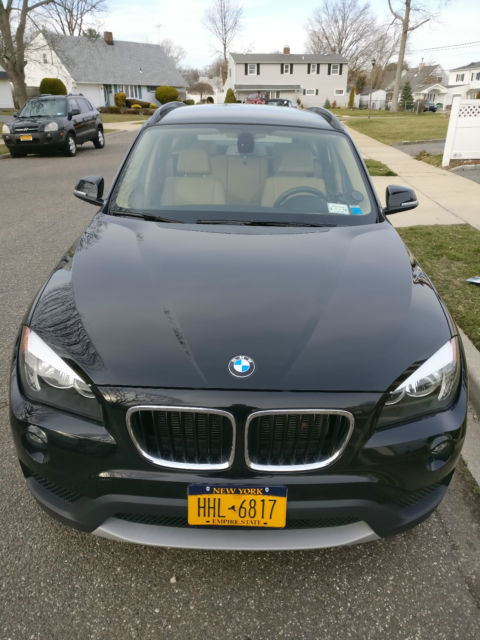 2013 BMW X1 (Black/Nutmeg)