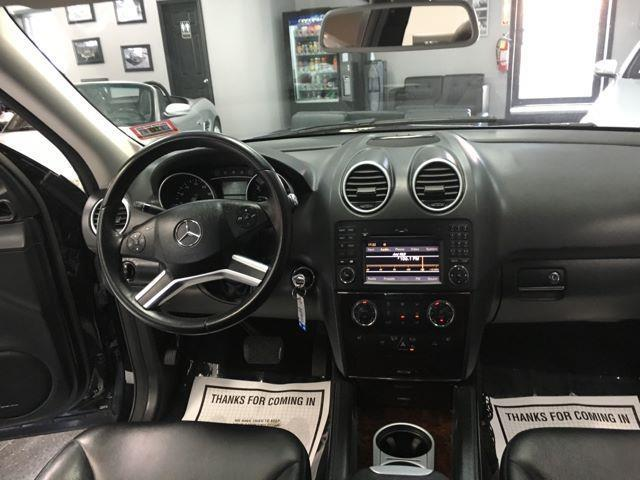 2009 Mercedes-Benz M-Class (Black/Unspecified)