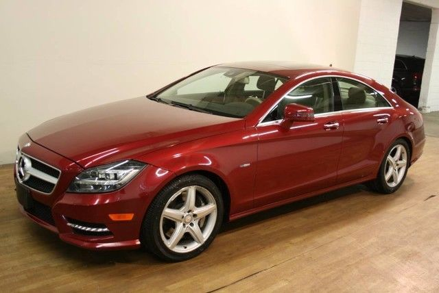 2012 Mercedes-Benz CLS 550 4Matic (Gray/Sand)
