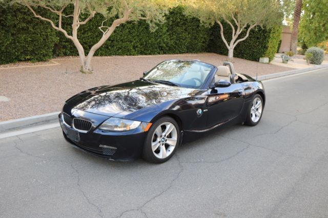 2007 BMW Z4 (Blue/Tan)