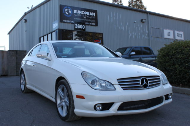 2008 Mercedes-Benz CLS-Class (Diamond White/Tan)