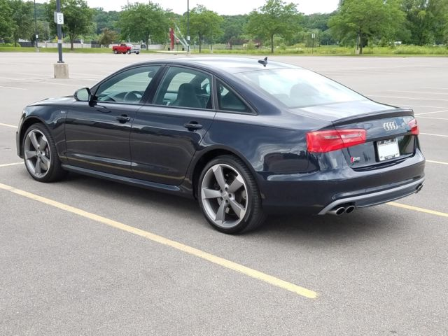 2015 Audi S6 (Metallic Midnight Blue/Black)