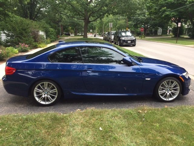 2011 BMW 3-Series (Blue/Gray)