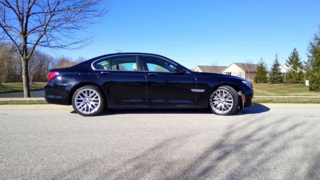2009 BMW 7-Series (Black/TAN/OYSTER)