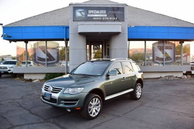 2008 Volkswagen Touareg (Gray/Brown)