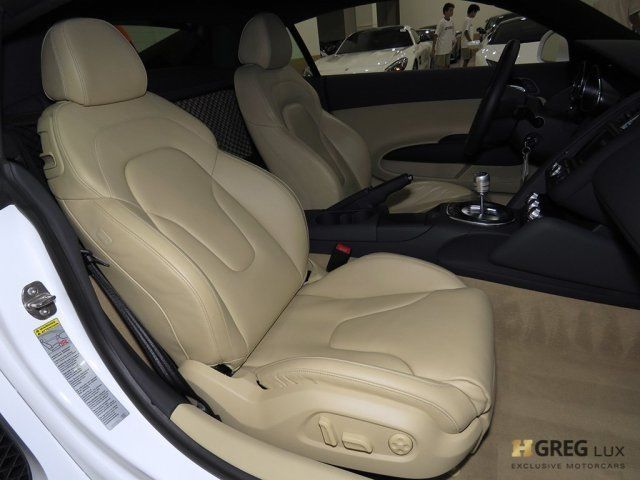 2012 Audi R8 (White/Luxor Beige w/Leather Seat Trim)
