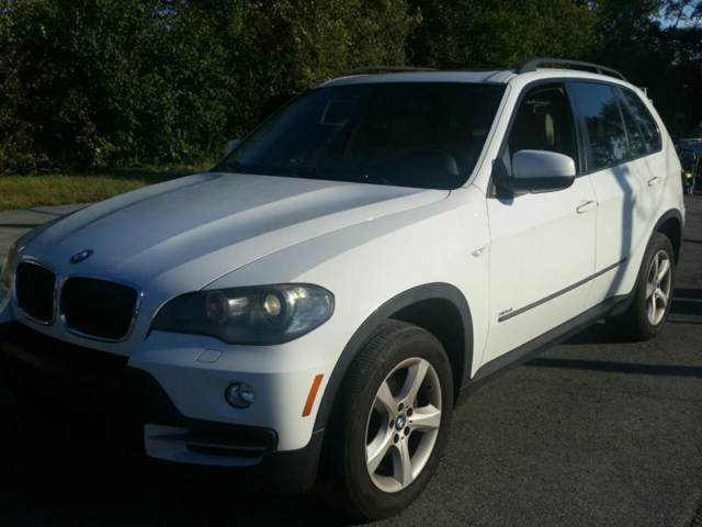 2007 BMW X5 (White/Beige)