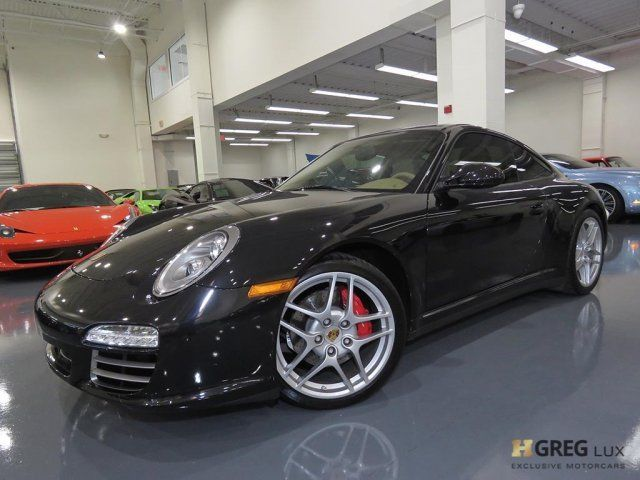 2010 Porsche 911 (Black/Sand Beige w/Leather Seat Trim)
