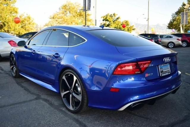 2015 Audi RS7 (Blue/Black)