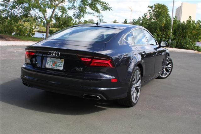 2016 Audi A7 (Blue/Brown)