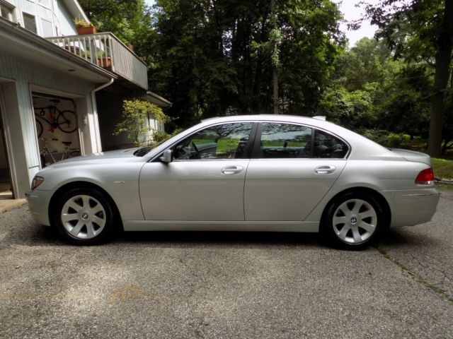 2007 BMW 7-Series (Silver/Gray)